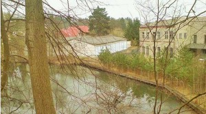 Aussenansicht Fabrikgelände Eberswalde im Frühjahr