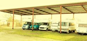 Schleppdachplatz für Wohnmobile und Wohnwagen womoflex