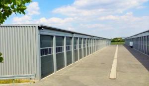 Lagerpark/ Hallenstellplätze/ Garagen für Wohnmobile, Wohnwagen, Bootstrailer in Hennigsdorf bei Berlin Spandau