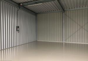 Kaltlagerhalle für Wohnmobile, Wohnwagen und Oldtimer Innenansicht - Hennigsdorf bei Berlin-Spandau