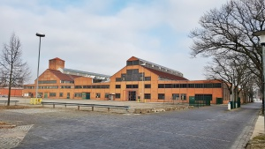 Belgienhalle in Berlin Spandau Stellplätze für Reisemobile, Caravan, Oldtimer und Boote