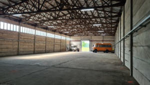 Innenansicht Wohnmobilunterstellplatz, Hallenstellplatz für Wohnmobile in Paulinenaue